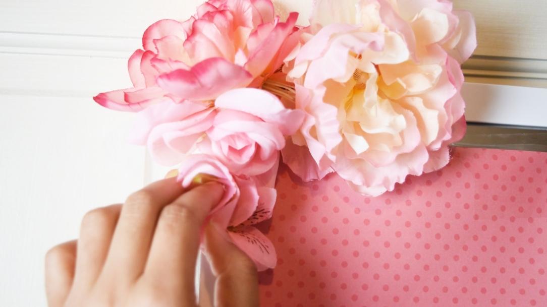 flower hold